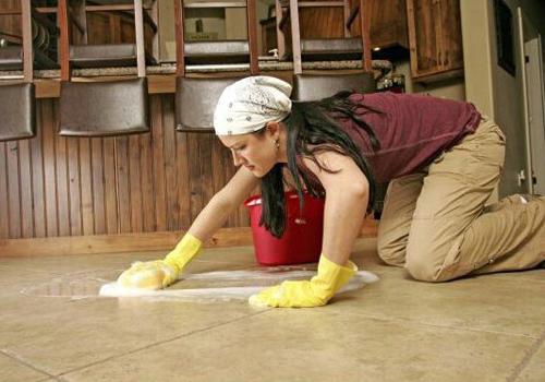 Bahan Ampuh Untuk Menghilangkan Noda Dan Memoles Lantai Marmer