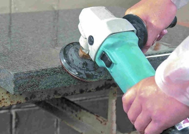 Lebih praktis gunakan jasa poles granit Jakarta Barat
